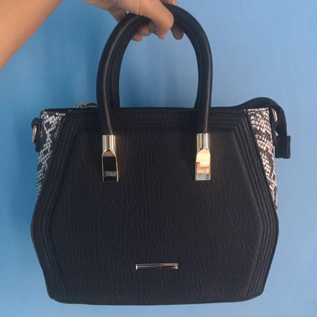 Amante Shoulder & Handbag