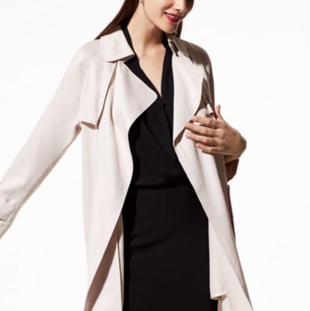 Aritzia Lawson coat