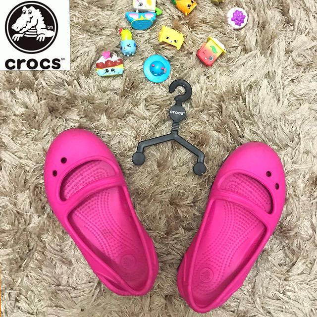 Authentic Crocs sandals (C 7)