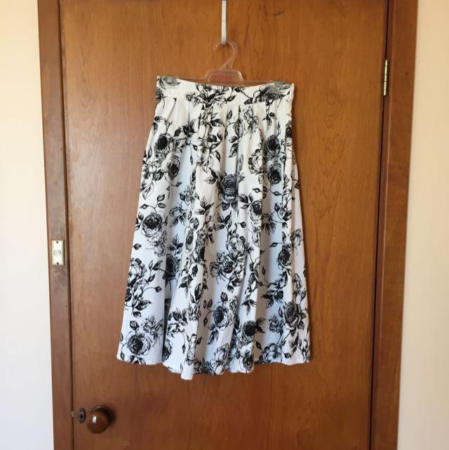 Black & Whites Roses Bell Skirt
