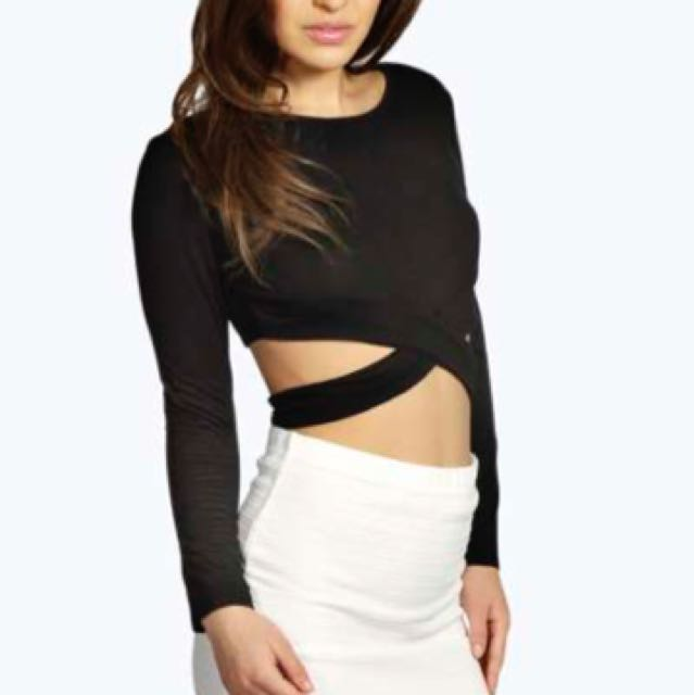 Boohoo Night Cut Out Crop
