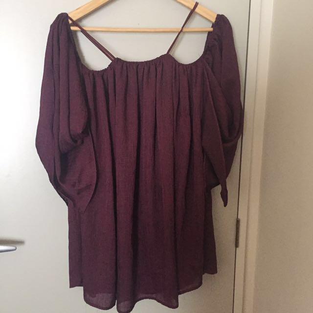 Burgundy of shoulder dress