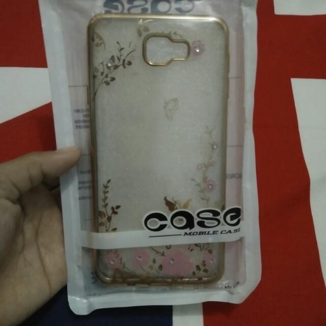 Case J7 frem