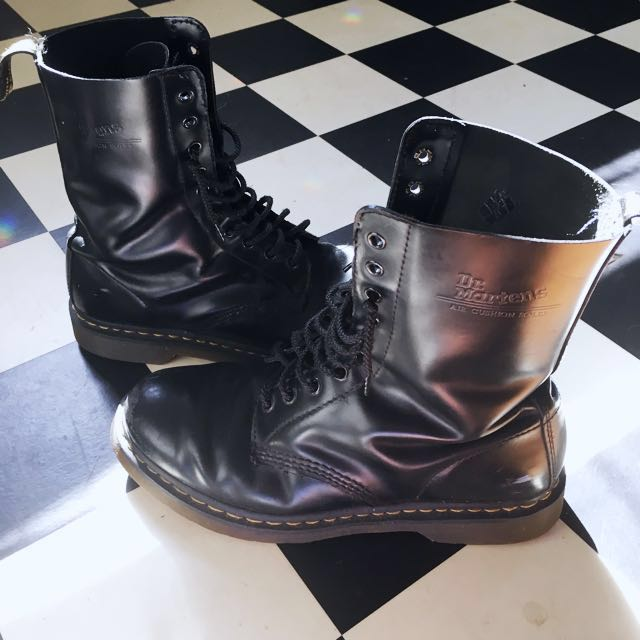 Doc Martens 10 Hole Boots