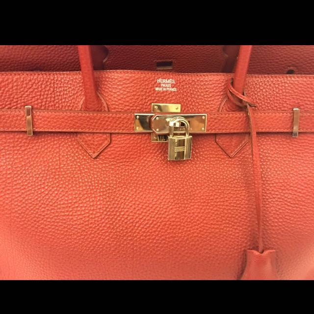 0eb1a345531 Fire Sale  authentic Hermes Birkin 40 M Stamp Red Togo. Excellent ...