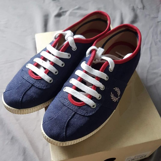 #FreePostage Authentic Fred Perry Navy Canvas Sneakers Shoes