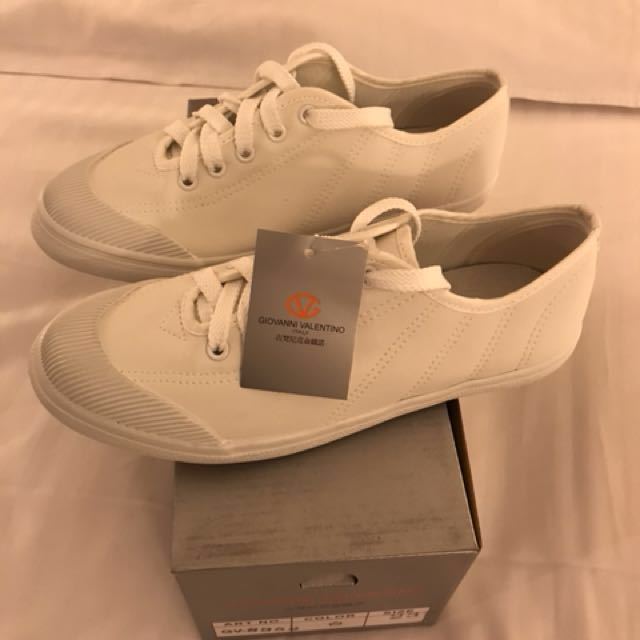 8195dc2f8f8a Giovanni Valentino White Sneakers Made in Taiwan