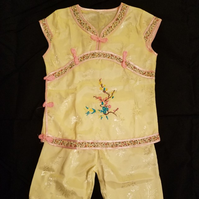 Girls chinese new year outfit