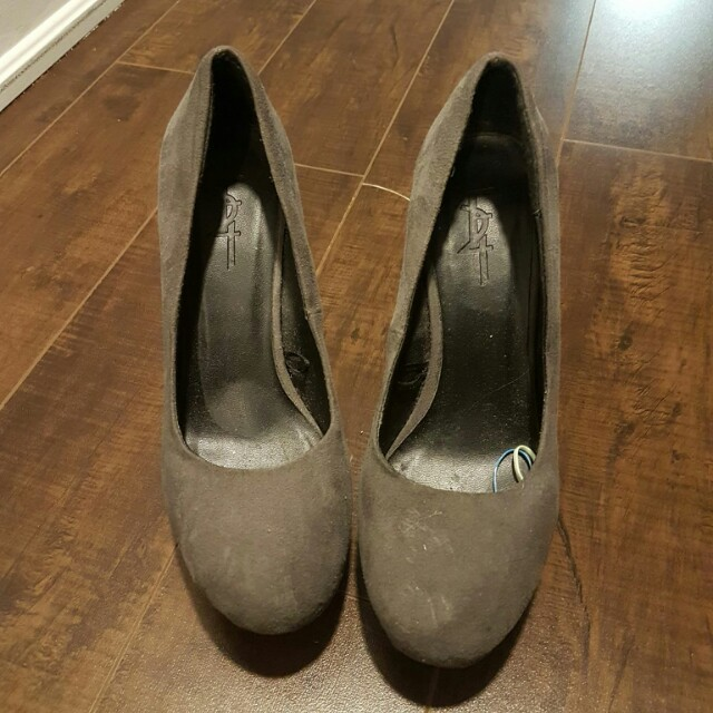 Grey sz 6.5