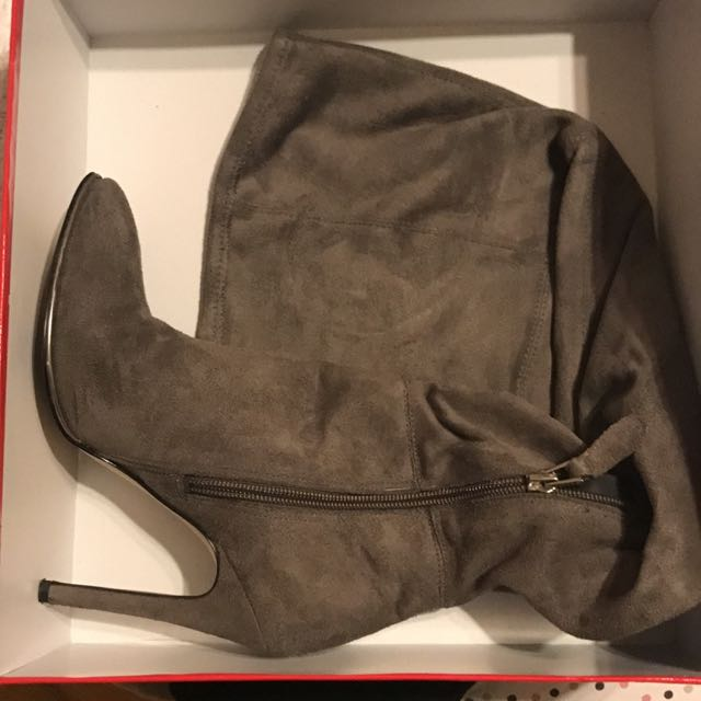 Guess Size 5 Over The Knee Boots