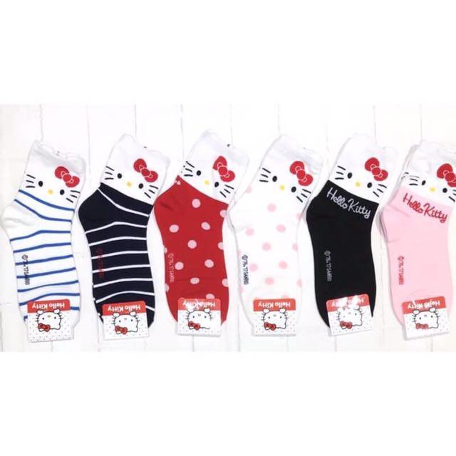韓國帶回~三麗鷗Hello kitty 條紋 點點 單一顏色 最新圖案 中筒襪 短襪 學生襪