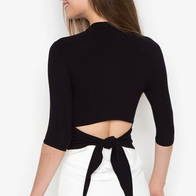 Knot back top