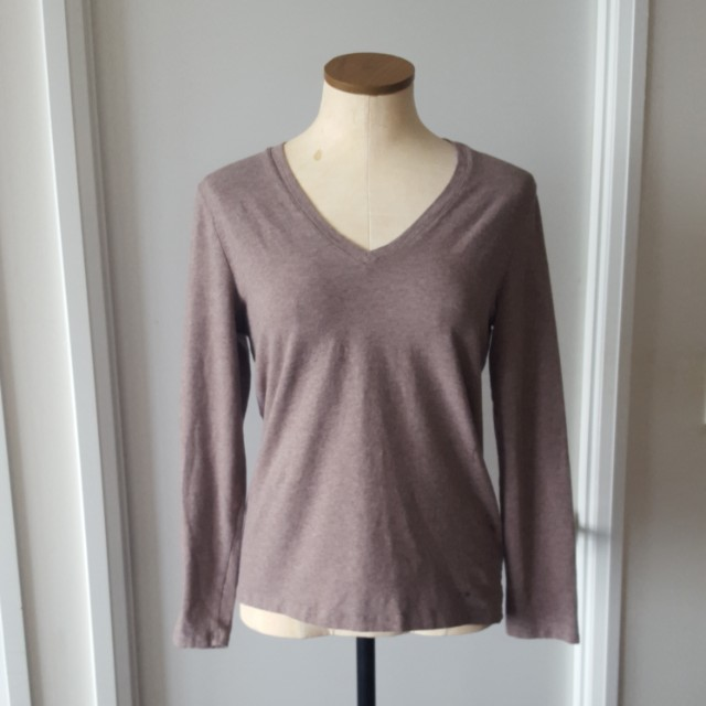 Lord & Taylor Long Sleeved V-Neck