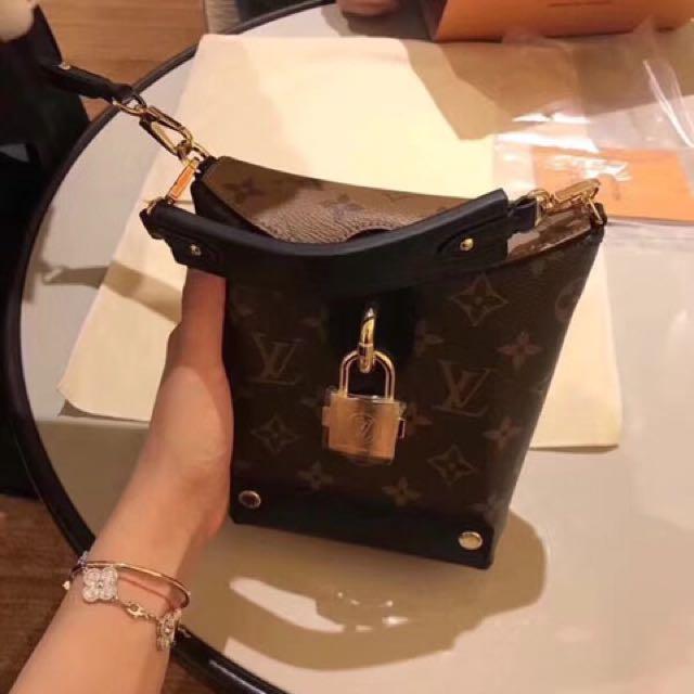 LV bento bag a15afb4e2ee2a