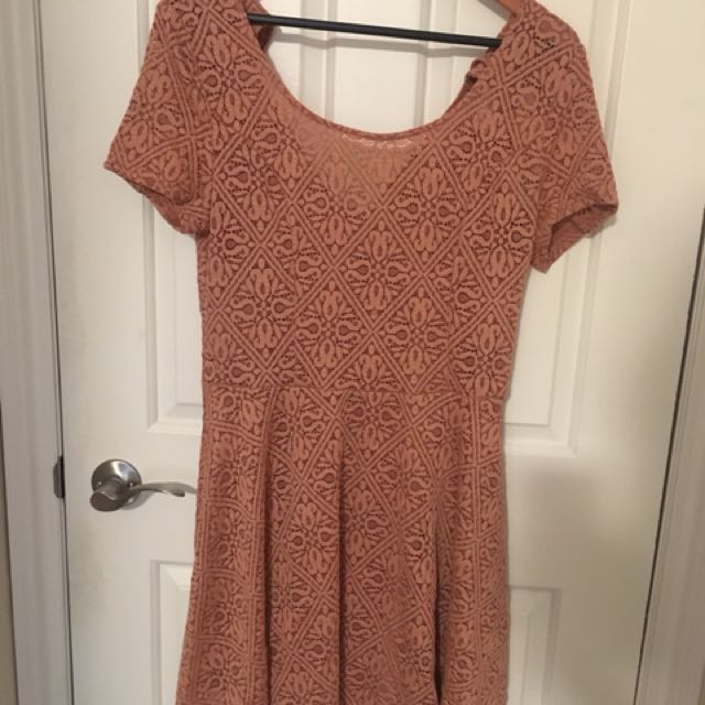 Medium pink dress NEW
