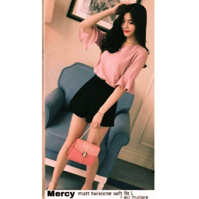 Mercy Blouse with pearl accesories  (NEW)