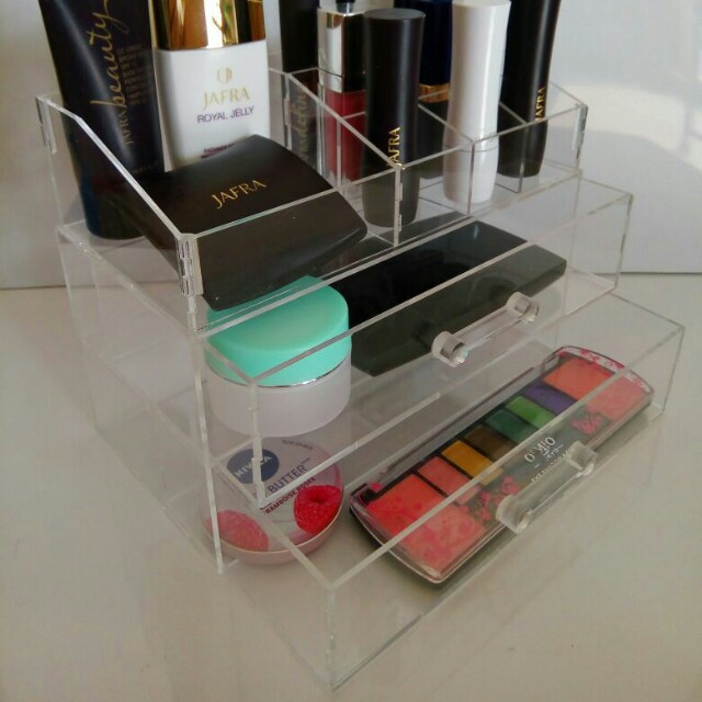 NEW Make up acrylic box