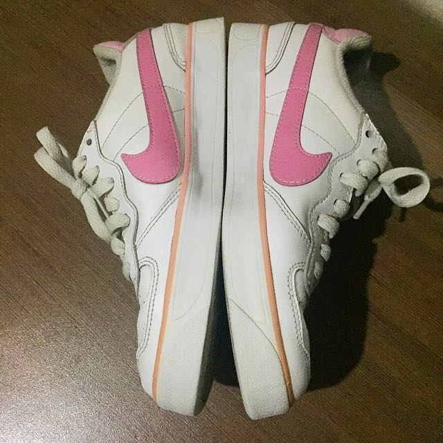 Nike Pink & White shoes