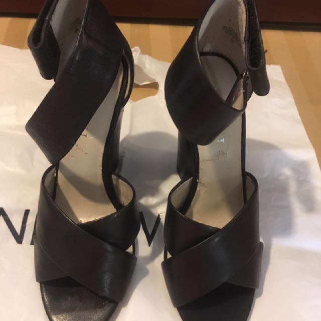 Original ninewest high heels