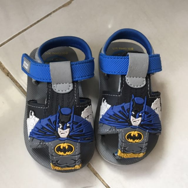 Prewalker shoes justice