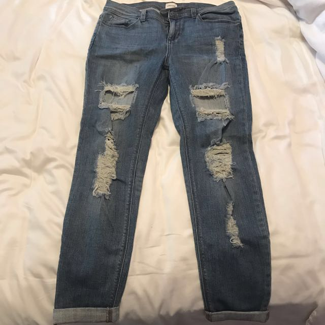 *PRICE DROP* M by Mendocino Ripped Boyfriend jeans