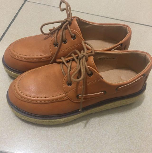 Queen Shop皮革草編厚底鞋37號