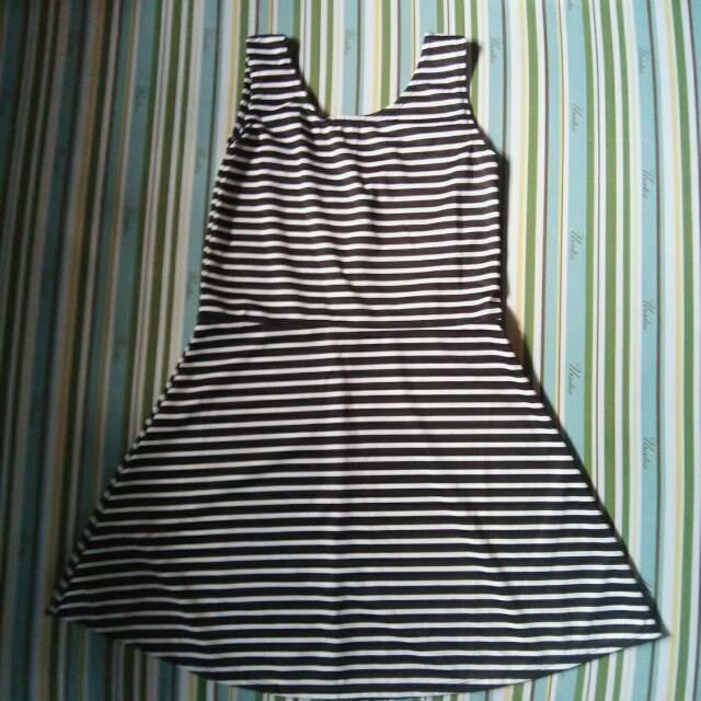 Scoop back dress stripes