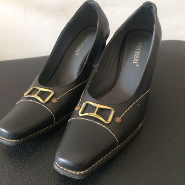 Sepatu Buccheri 8a5c882942