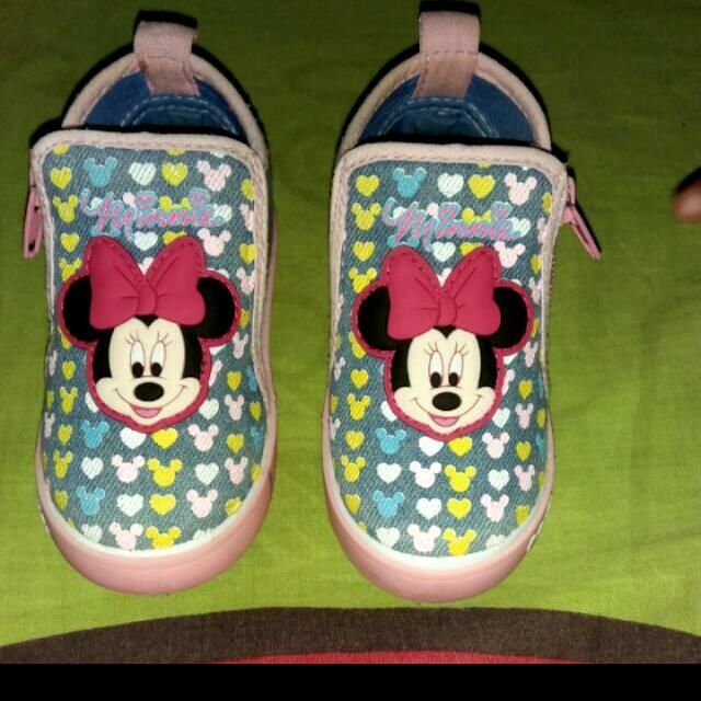 Sepatu Disney Ori Size 21