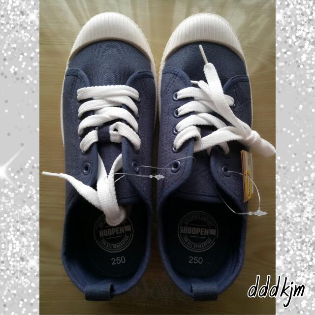 Shoopen Navy Canvas Shoes❤