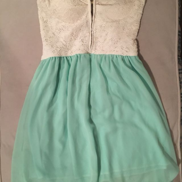 Small turquoise and white strapless dress