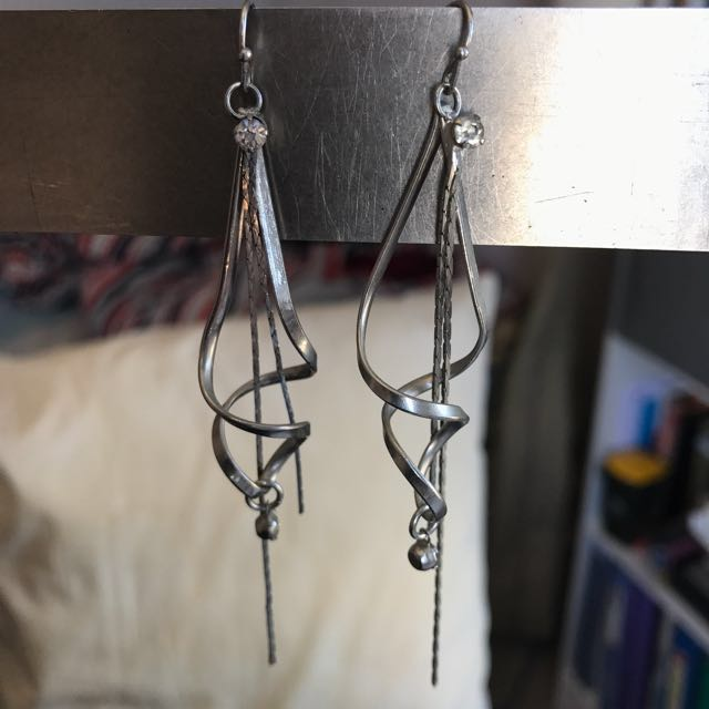 Swirl Dangling Diamond Earrings