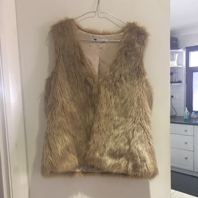 Valley Girl Fur Vest Size 12