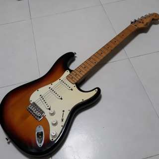 MIK Squier Clapton Mid Boost Stratocaster