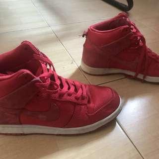 Prelove - bundle. Nike shoes 7uk