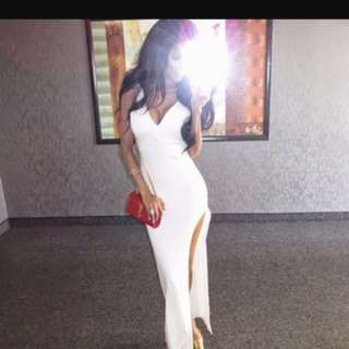 *REDUCED* Thigh high slit dress -Small