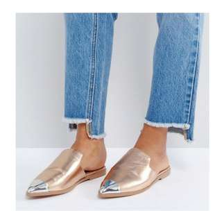 Brand new never worn size 8 mules/slides