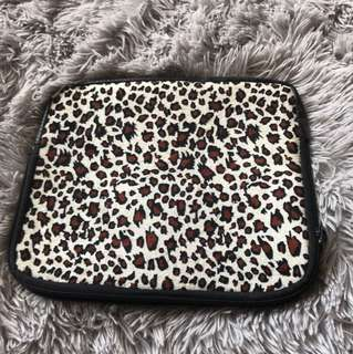 Cheetah/leopard iPad/tablet wetsuit case
