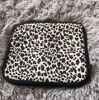 Cheetah/leopard iPad/tablet wetsuit case