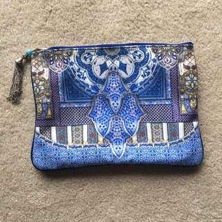 RENT Camilla Clutch/pouch - Small