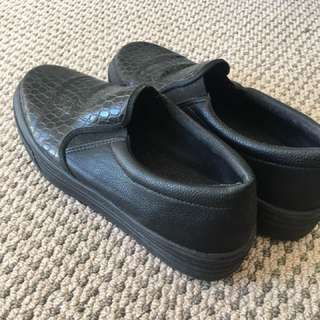 Black Pulp Loafers