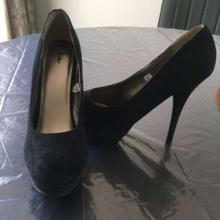 Dress shoes size 7.5