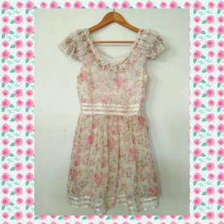 🌸Kyeowo floral dress