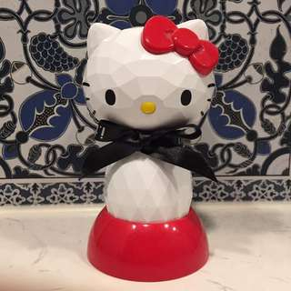 iT x Hello kitty 電動洗面刷