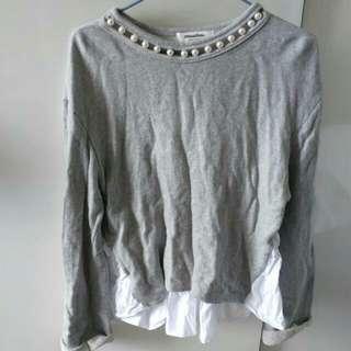 Korea grey top with pearl collar