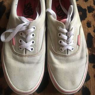 Authentic vans in gray and pink canvas fits size 6-61/2 size