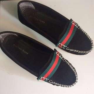 (37) Flatshoes / Slip on
