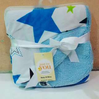 Selimut Carter double fleece motif bintang