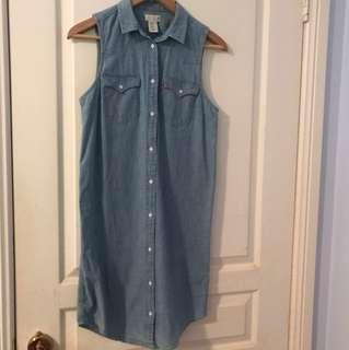 Classic Levi's Denim tunic dress size XS