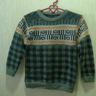 Sweater rajut anak